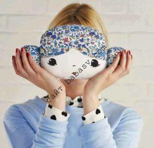 Декоративная подушка в виде куклы
