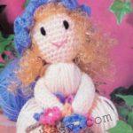 Кукла-мотанка, как символ весны, связана крючком