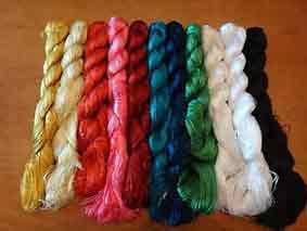 Шелковые нити для вышивания