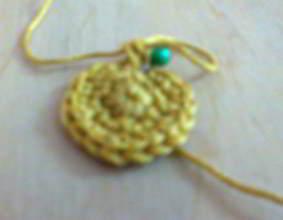 Начало вязания шарика