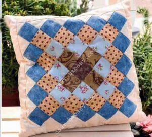 Лоскутная геометрическая подушка