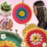 Цветочное украшение связано крючком