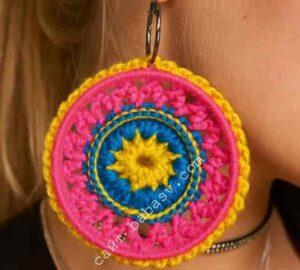 Цветочное украшение в стиле бохо крючком