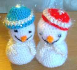 Маленькие Снеговички - друзья большого
