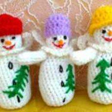 Снеговики в шляпках