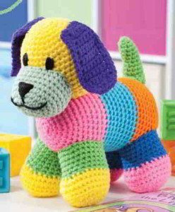 Как связать разноцветного щенка