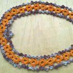 Летнее украшение с оранжевыми цветочками