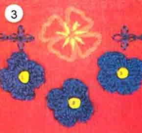 Синие цветы, связанные крючком