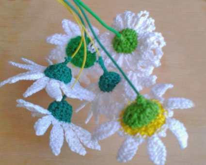 Вязание чашелистиков на ромашках