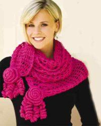 Женский шарф с розами