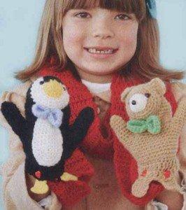 Как связать детский шарф с двумя игрушками