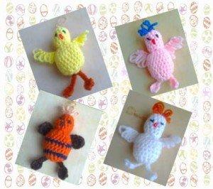 Четыре связанные крючком птицы