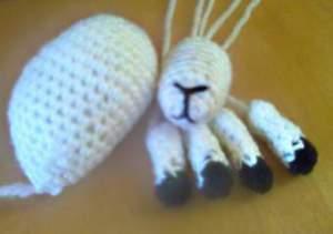 Голова, ноги и туловище игрушки Козы