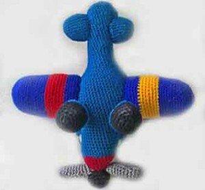 Фюзеляж самолета связанный крючком
