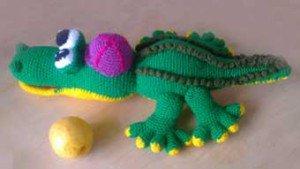 Зеленый крокодил связанный крючком