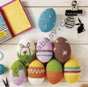 Декоративные пасхальные яйца связать крючком