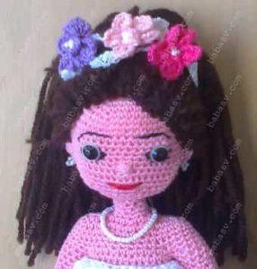 Как украсить прическу куклы