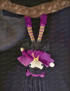 Кукла летучая мышка в обуви