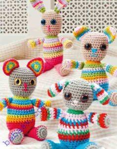 Четыре игрушки из пряжи