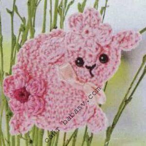 Овца в цветах