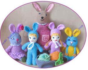 Кролики Розочка и Сеня с друзьями