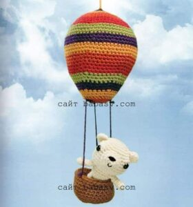 Мобильный медвежонок на шаре
