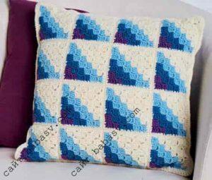 Подушка из квадратов в технике с2с