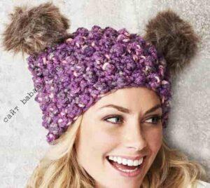 Женская шапочка с двумя помпонами