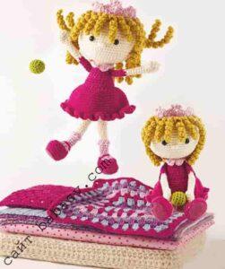 Кукла принцесса связана крючком