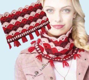 Цветной и удобный новогодний шарф крючком