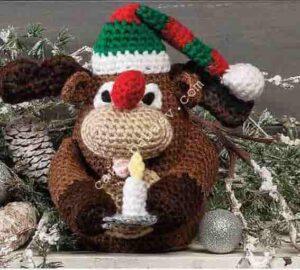 Новогодняя мягкая игрушка олень связана крючком