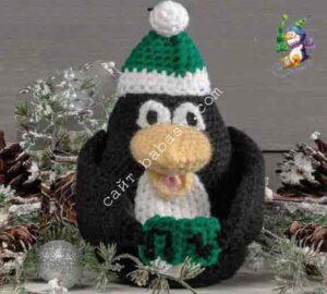 Новогодняя мягкая игрушка пингвин связана крючком